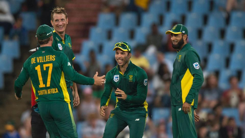 South Africa registered their 11th consecutive ODI win as they secured their second consecutive 5-0 whitewash with victory over Sri Lanka in Centurion.