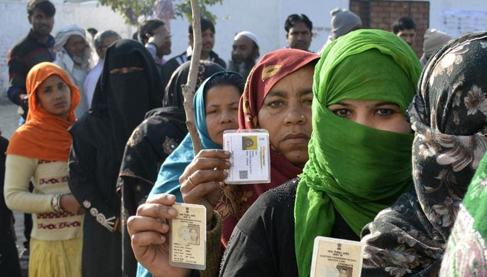 The first phase of assembly elections in Uttar Pradesh took place on Saturday. Aroudn 64% of voters exercised their franchise, the Election Commission said. (Sakib Ali  / HT Photo)