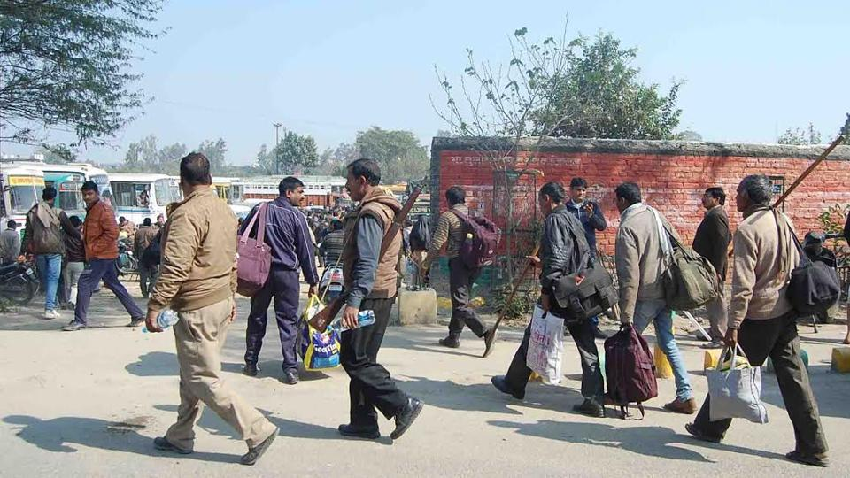 Polling Party going to Booth, in Meerut. (HT Photo)