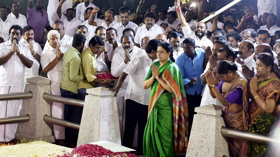 Tamil Nadu,AIADMK,VK Sasikala