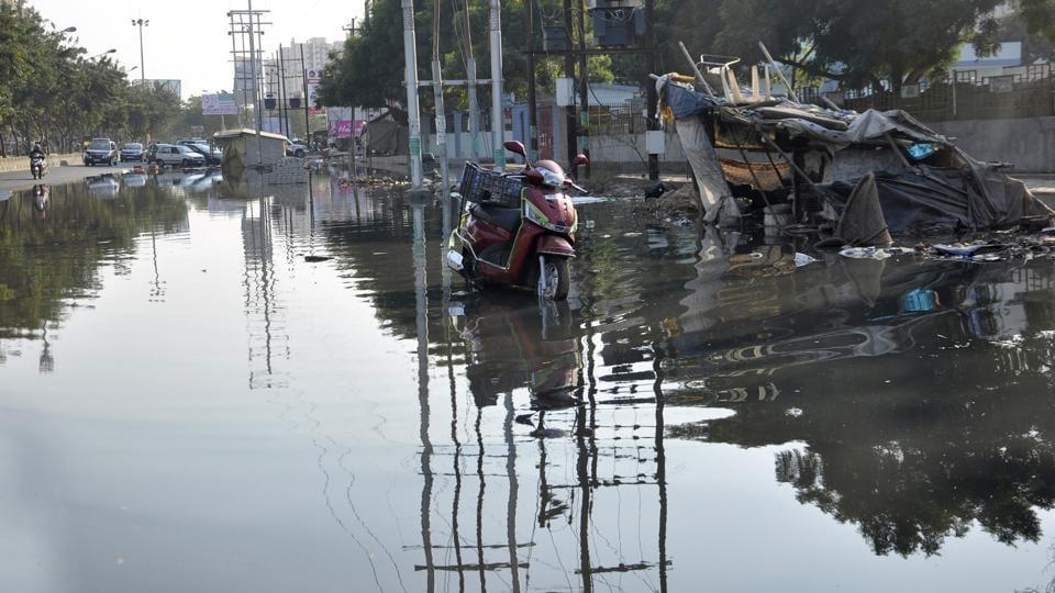 Ghaziabad,sewage overflow,Indirapuram