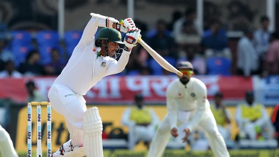 Soumya Sarkar and Mominul Haque put on a 60-run stand to keep Bangladesh afloat. (BCCI)