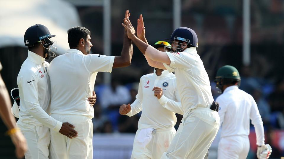 Ravichandran Ashwin and Ravindra Jadeja combined in tandem to dismiss Mominul Haque and Soumya Sarkar  (BCCI)