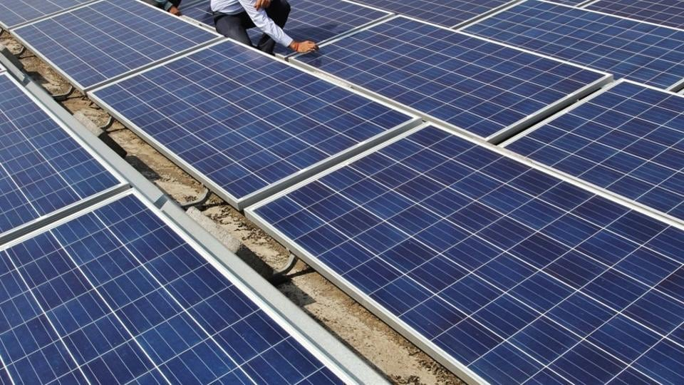 By installing the 5 KW solar power system, the vessel will be able to avoid around 165kg of carbon a day, 60,225 kg of carbon a year plus 22,995 litres of diesel.