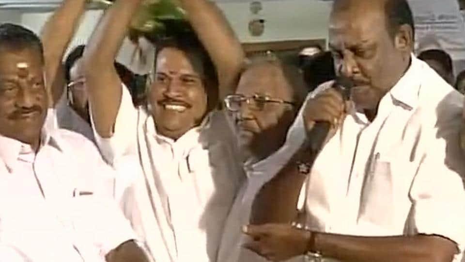 AIADMK MLA Saravanan and MP from Madurai R Gopalakrishnan joined the Paneerselvam camp on Monday.