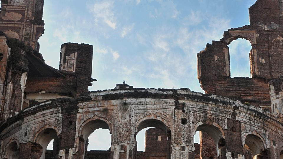 The 159-year-old complex is a reminder of the erstwhile Dogra rulers.  (Nitin Kanotra/HT Photo)
