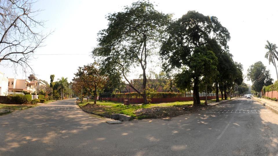 Chandigarh,BMW,hit-and-run