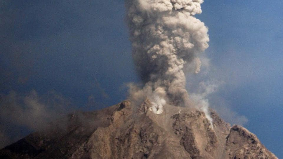 Activity levels have increased in the past week, with Sinabung shooting hot ash clouds into the sky dozens of times, according to the local volcano monitoring agency. (ATAR / AFP)