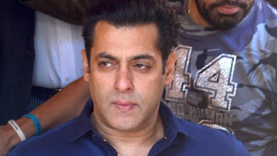 Actor Salman Khan, allegedly involved in 1998 blackbuck poaching arrives to present before a Jodhpur court on Jan 27.