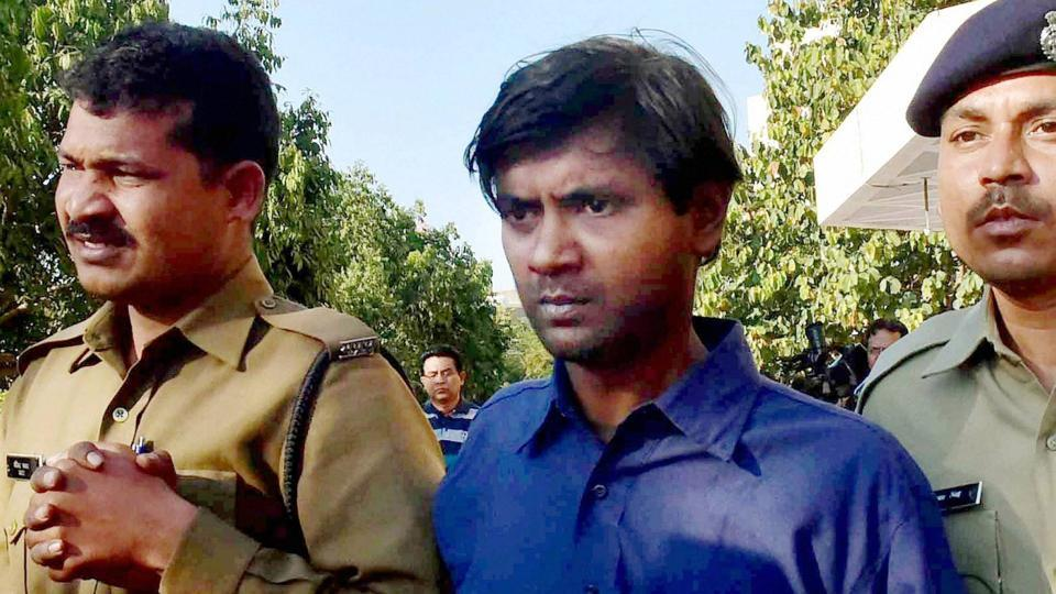 Thirty two-year-old Udayan Das is under arrest for having killed his live-in partner and hiding the body at his home by building a marbled platform.