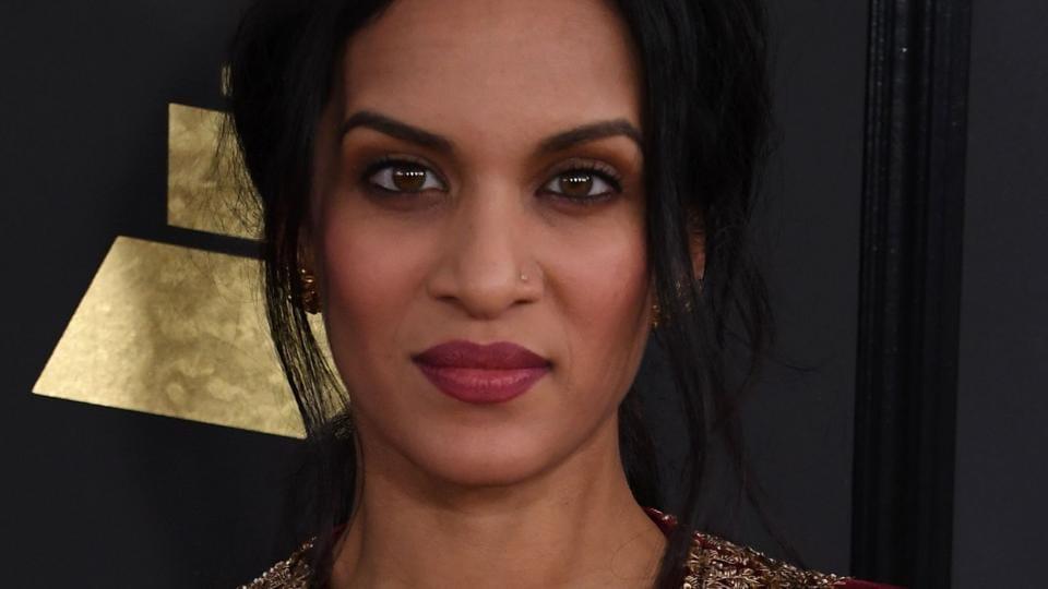 Anoushka Shankar chose a red, high-slit velvet Sabyasachi Mukherjee gown.
