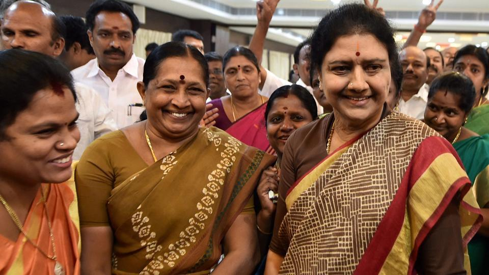 AIADMK general secretary VK Sasikala interacts with party MLAs supporting her after a press conference at the resort in Koovathur where many MLAs are camping.