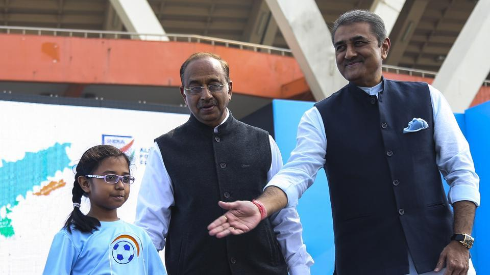 Sports Minister Vijay Goel (centre)was with All India Football Federation (AIFF)president Praful Patel at an event to flag off the Mission XI Million programme in New Delhi on Saturday.