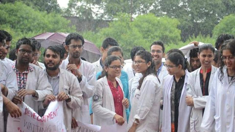 Madhya Pradesh,Medical Students,Admissions cancelled