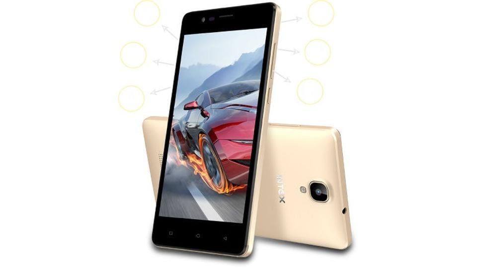 The 4G-Volte smartphone offers a 5-inch FWVGA display, powered with a 1.3GHz quad-core processor and 1 GB RAM.