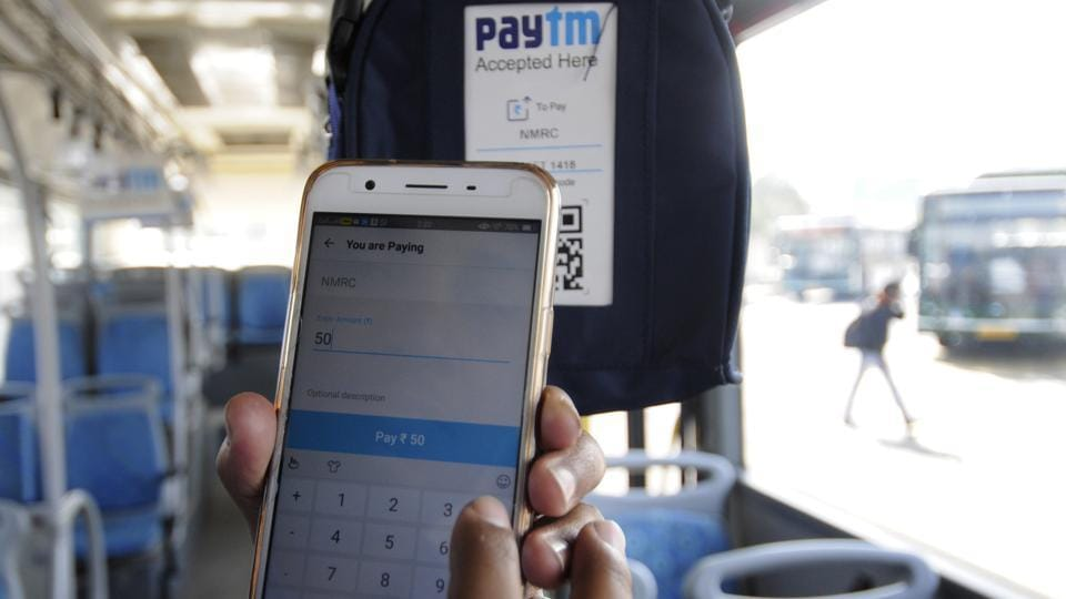 The service has been initiated in collaboration with popular e-wallet company Paytm. Inside the buses, placards and stickers of e-wallet company have been put up with a phone number.