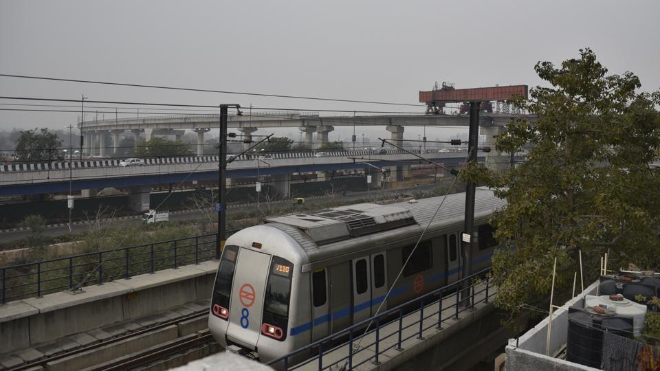 Delhi metro snag