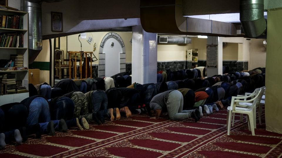Muslims living in Greece attend Friday prayers at the Masjid Al-Salam makeshift mosque in Athens, Greece, on February 3, 2017.
