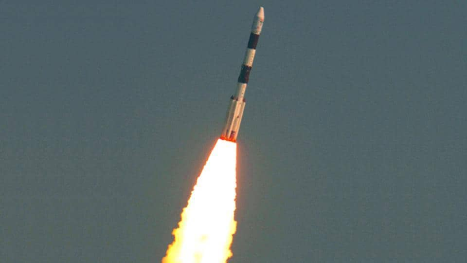 The Indian Space Research Organisation (Isro)'s Polar Satellite Launch Vehicle PSLV-C37 blasts off into space, carrying with it a record 104 satellites. (Isro.gov.in)