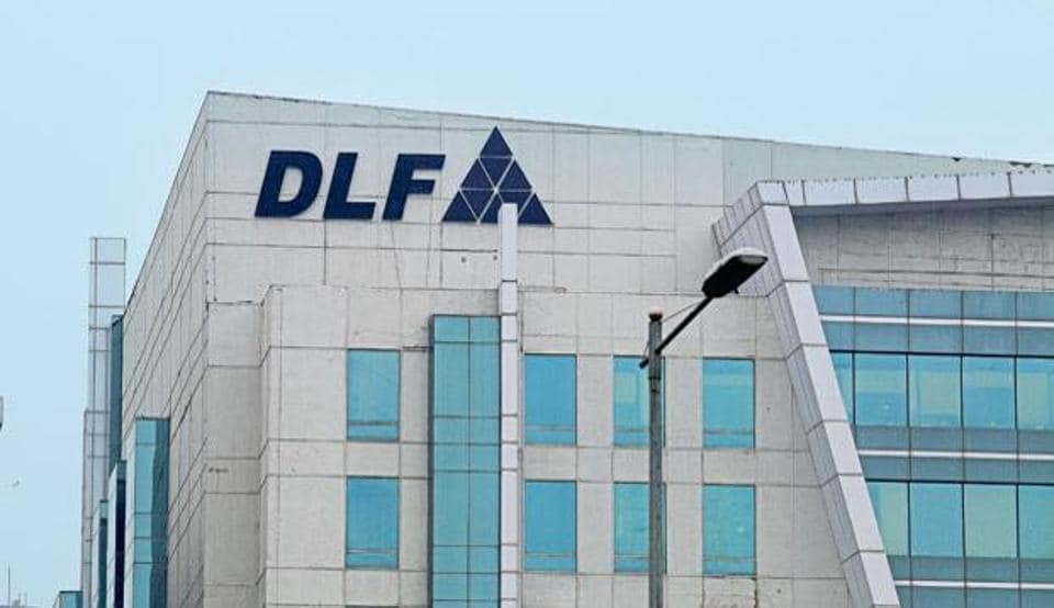 DLF on Tuesday reported a 46% fall in its consolidated net profit for the quarter ended December at Rs 98.14 crore.