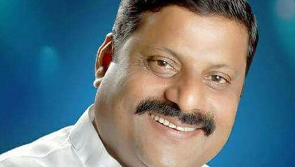 Manoj Mhatre,53, a sitting corporator from Congress, was allegedly gunned down by his cousin brother Prashant and seven others.