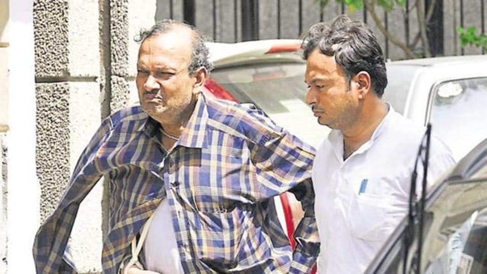 """BK Bansal (left) and his son, had allegedly hung himself along with his son at their residence on the intervening night of September 26-27, 2016, with a purported suicide note claiming """"harassment"""" by CBI"""