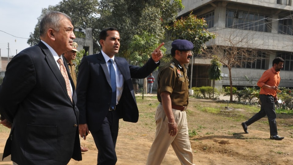 EC team in Jalandhar to check the security of EVMs on Thursday.