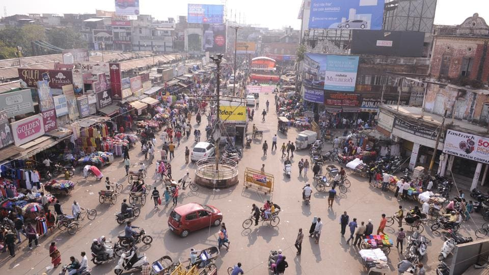 Encroachments in Mumtaz market and Aminabad is of the main issue in Lucknow Central assembly constituency.