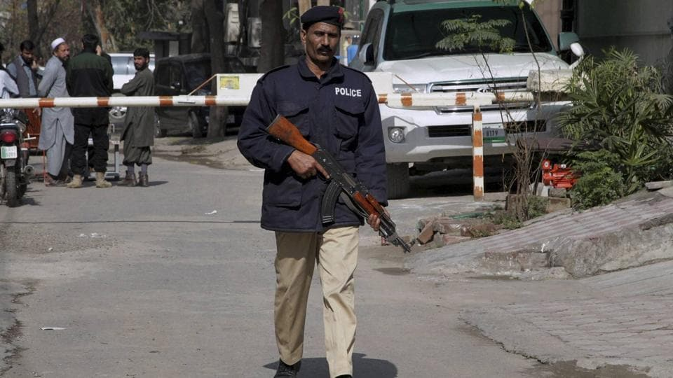 Pakistani security forces raided a hideout of Taliban-linked suspected Islamic militants.