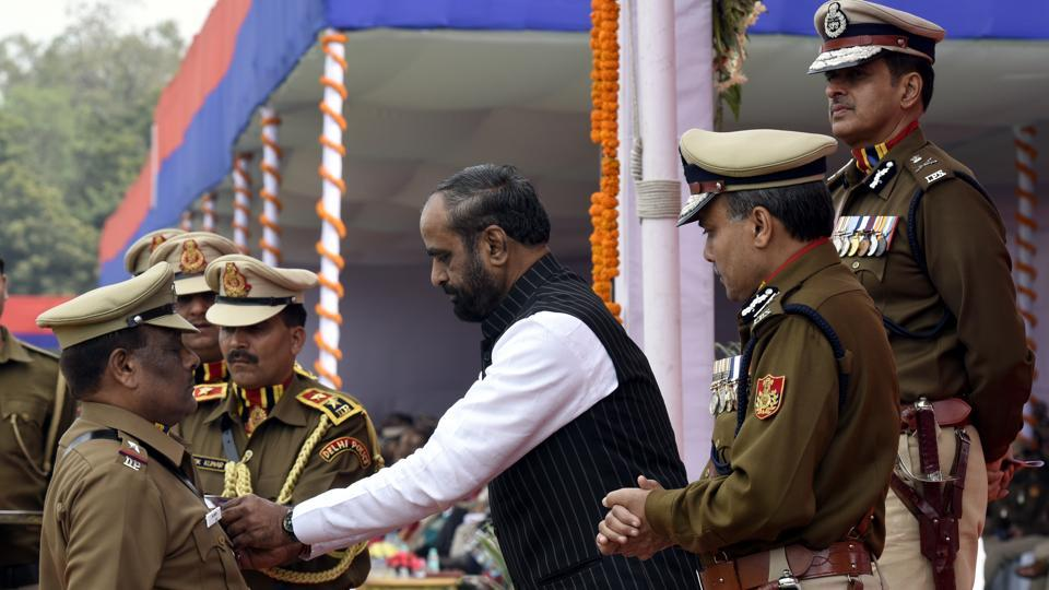 The minister and commissioner of  police present medals to officers.  On February 16, 1948, DW Mehra was appointed as the first Inspector General of Police and hence the day is celebrated as Delhi Police's Raising Day.  (Sonu Mehta/HT PHOTO)