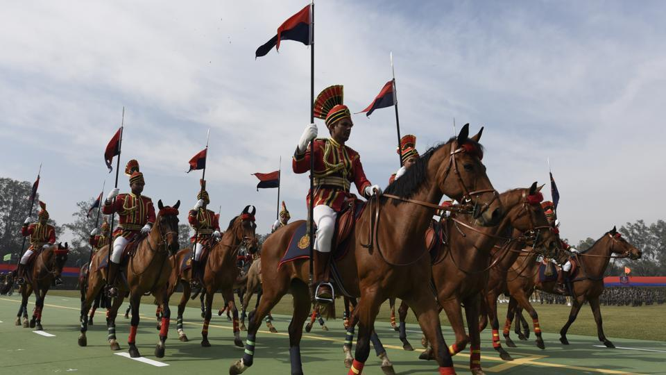 Delhi police celebrated its 70th Raising Day with a ceremonial march at Kingsway Camp in New Delhi on February 16, 2017.  (Sonu Mehta/HT PHOTO)