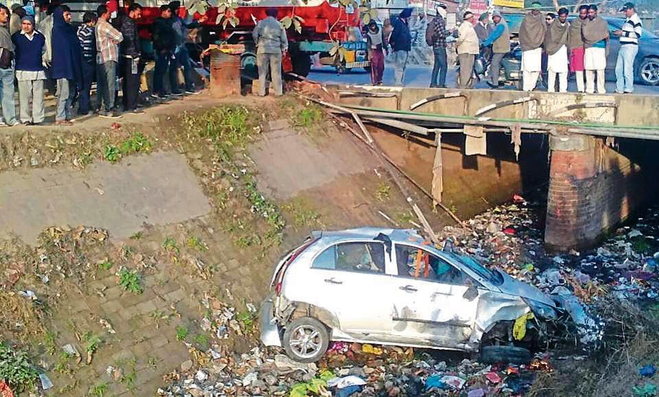 The car fell in Bist Doab Canal after being hit by oil tanker in Adampur on Thursday.