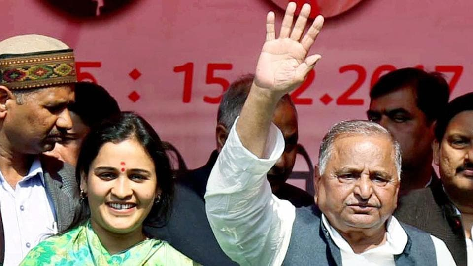 Mulayam Singh Yadav in support of his daughter-in-law and SP candidate Aparna Yadav at an election rally in Lucknow on Feb 15.