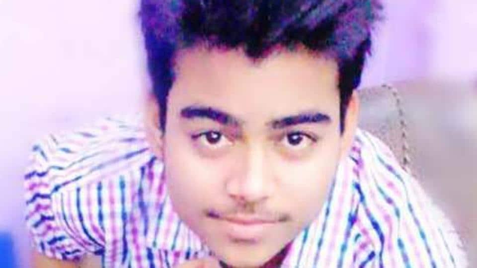 Teen stabbed,Teenager stabbed in Delhi,Boy stabbed