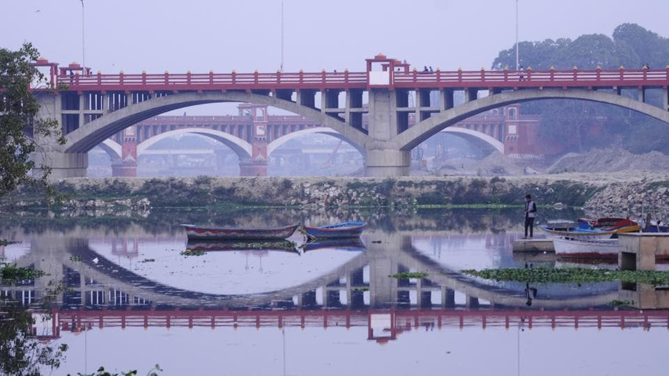(Above) The recently developed new Pucca Pull in the Lucknow North constituency.