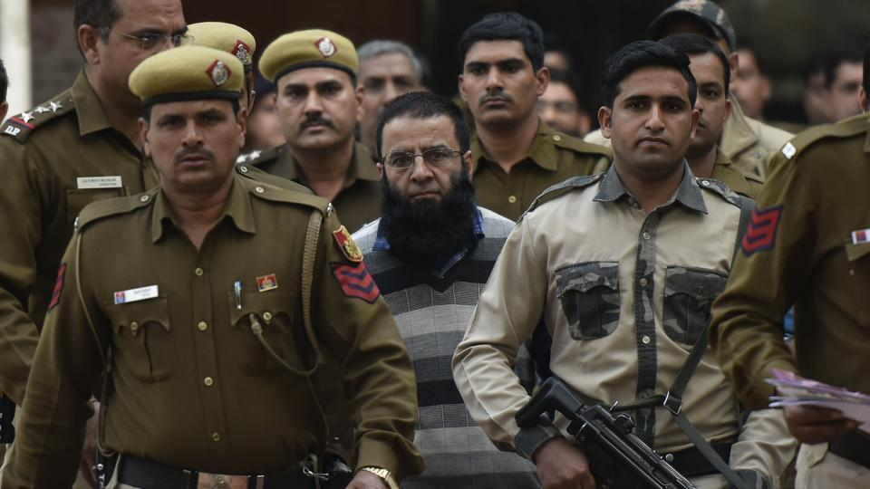 A city court on Thursday finally acquitted Mohammed Rafiq Shah and Mohammed Hussain Fazili of all charges, clearing their way to freedom.