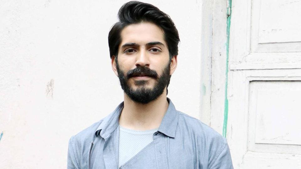 Harshvardhan Kapoor is reportedly being stalked by a female fan.
