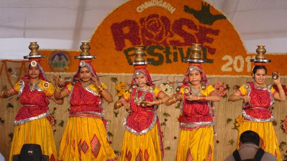 Girls performing dance during Rose Festival at Zakir Hussain Rose Garden in Chandigarh on Friday. (Anil Dayal/HT Photo)