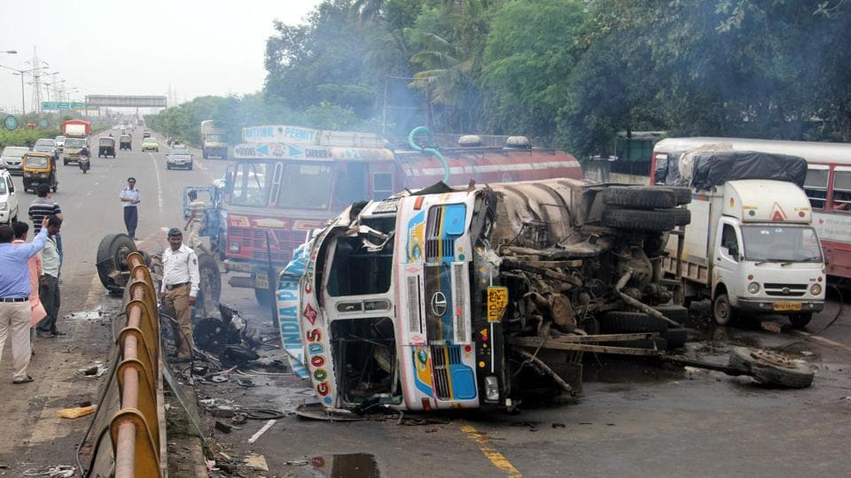 In 2015, of the total 501,423 roads accidents, almost 48% were linked to overspeeding, and 64,633, or 44% of the total, fatalities in road accidents were attributed to overspeeding
