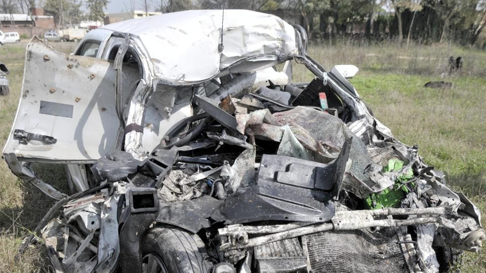All four persons including the driver died on the spot.