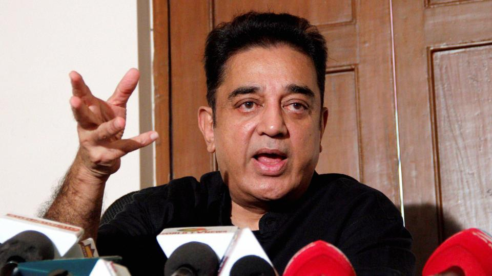 Chennai: Tamil film actor Kamal Haasan expressing his support to the student for Jallikattu during a press meet in Chennai on January 24.