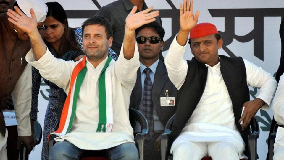 Congress vice president Rahul Gandhi and UP chief minister Akhilesh Yadav waving to the crowd at a public rally in Jhansi on February 20.
