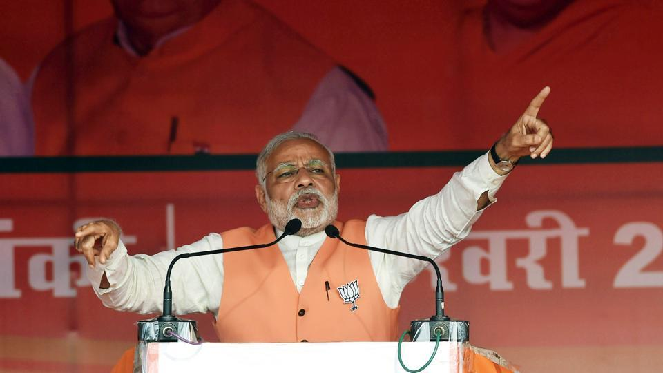 Prime Minister Narendra Modi addresses the crowed during a public rally at Barabanki constituency of Uttar Pradesh.