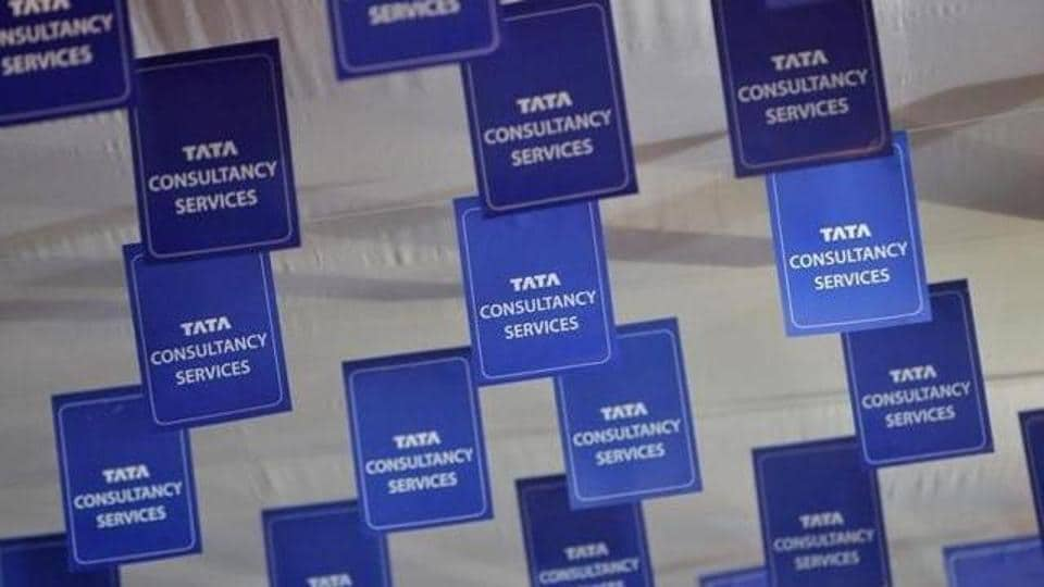 India's largest software services firm Tata Consultancy Services (TCS) on Monday appointed V Ramakrishnan as Chief Financial Officer.