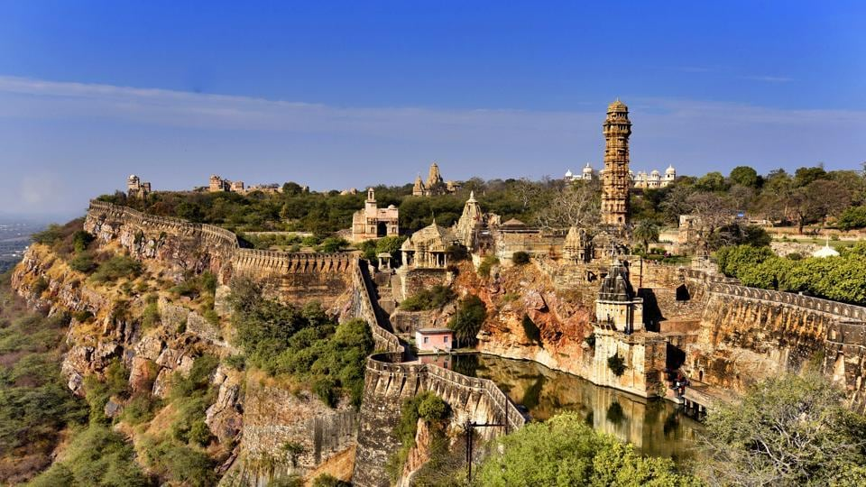 An overview of one of India's largest forts at Chittorgarh in Rajasthan. (Raj K Raj/HT PHOTO)
