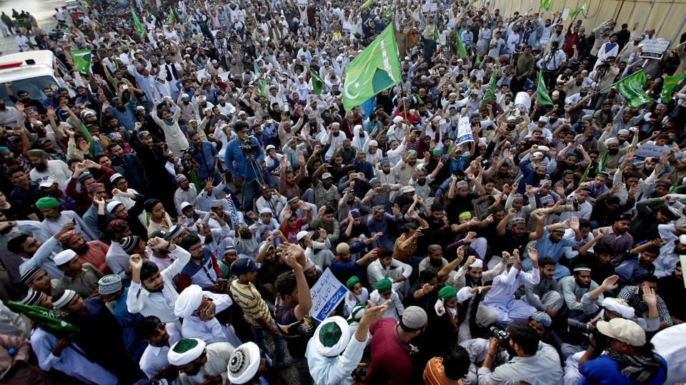 Supporters of Pakistani religious parties rally to condemn a recent series of deadly suicide bombings in Karachi on Sunday.