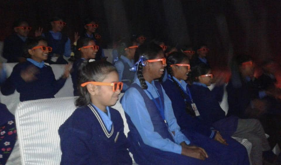 School kids enjoy a 3D show at the newly-inaugurated museum in a municipal school in Tagore Garden.