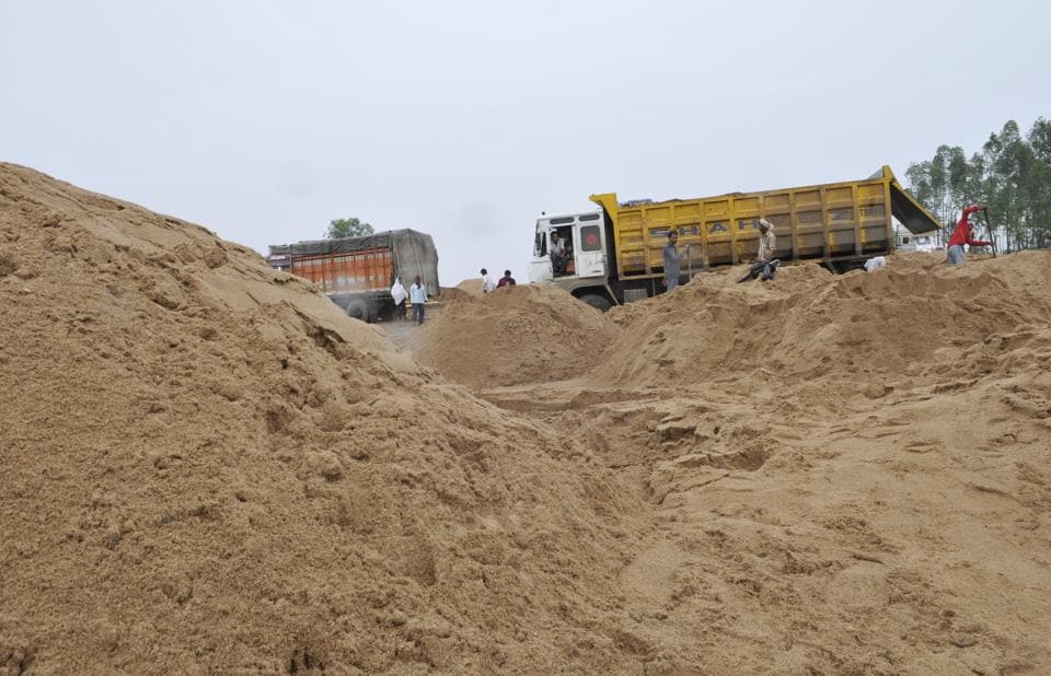 The joint team had gone to take action against the illegal mining of sand and murram (stone).