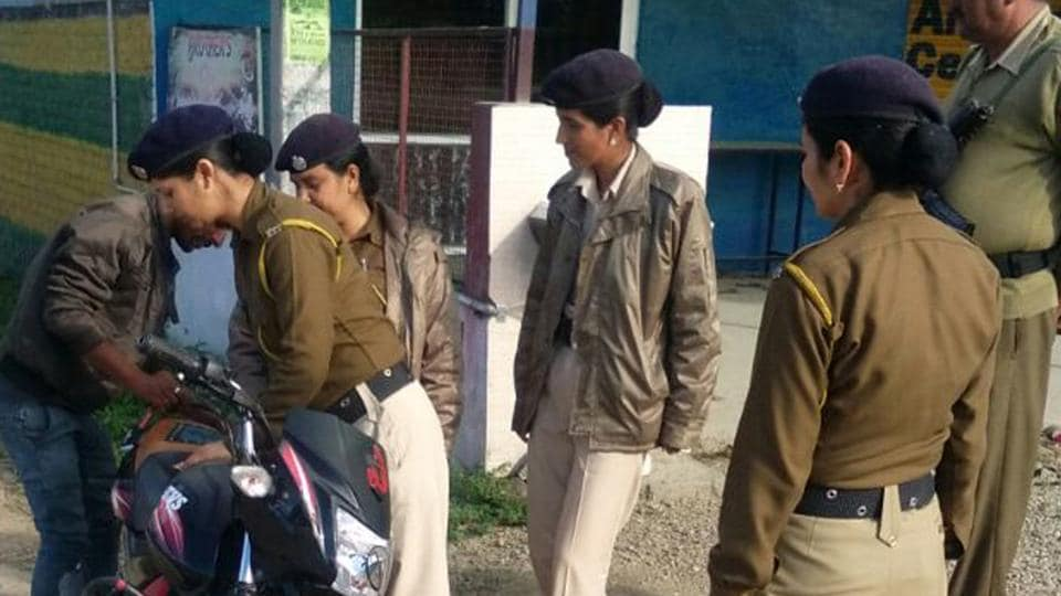 A team of Himachal  police's women anti-narcotic cell carrying out search during a campaign against drug mafia in Nurpur area of Kanga district on Monday.