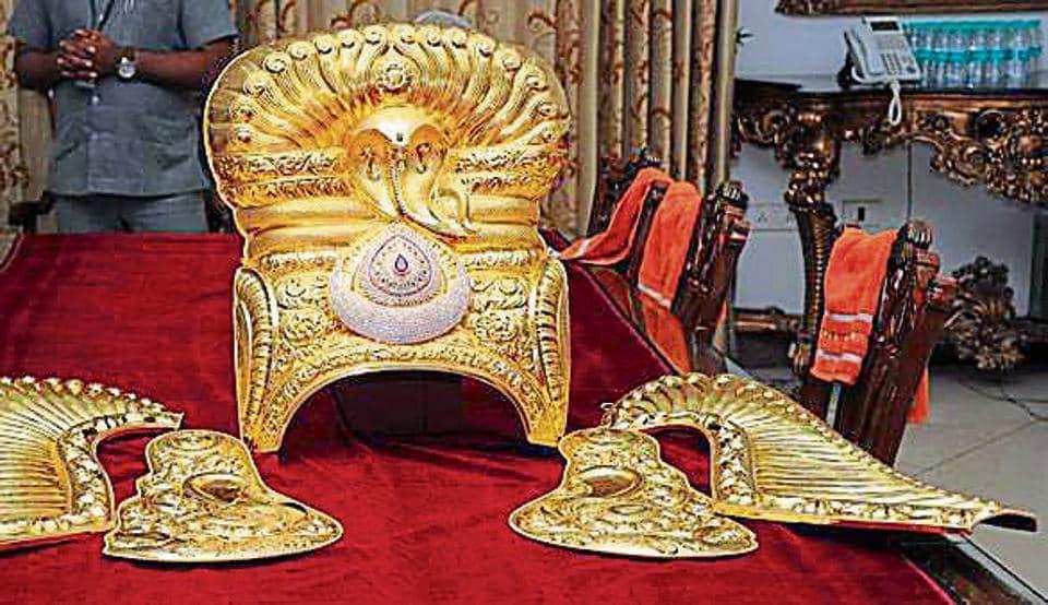 Telangana,Tirpuati,Gold ornaments